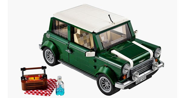 Idée cadeau : une Mini Cooper reproduite en Lego