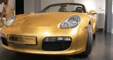 Une Porsche Boxster en or !
