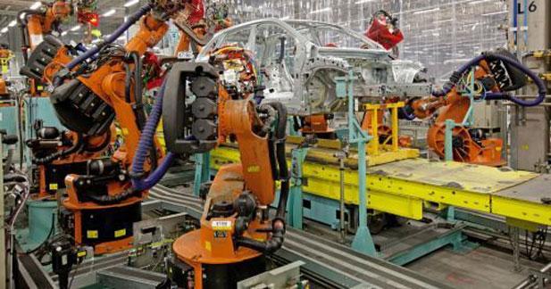 Mercedes passe à l'électrique sur la Classe A... dans son usine