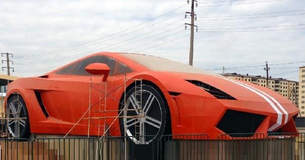Une Lamborghini Gallardo géante pour un club de foot russe