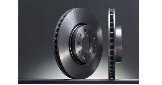 Des disques de frein traités aux UV chez Brembo