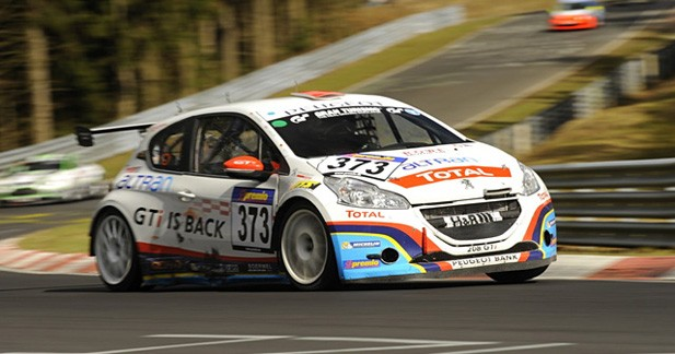Peugeot triomphe aux 24 Heures du Nürburgring
