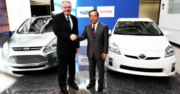 Toyota et Ford vont travailler ensemble sur l'hybride et la voiture communicante