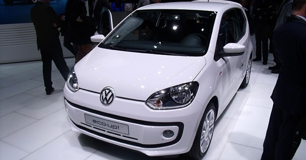 volkswagen up 5 portes fourmi travailleuse. Black Bedroom Furniture Sets. Home Design Ideas
