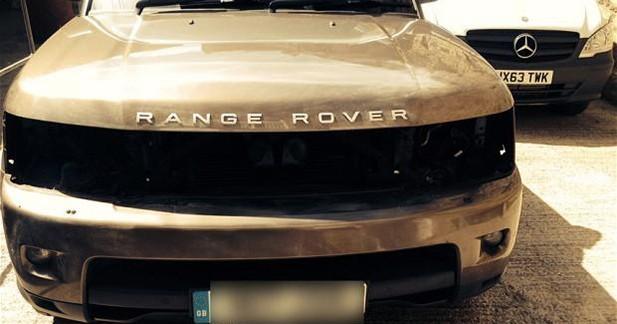 Des feux de Range Rover pour faire pousser du cannabis