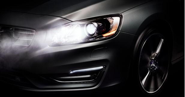 Pleins phares en permanence grâce à la nouvelle technologie de Volvo