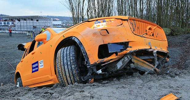 Aux USA, 50% des accidents mortels résultent d'une sortie de route