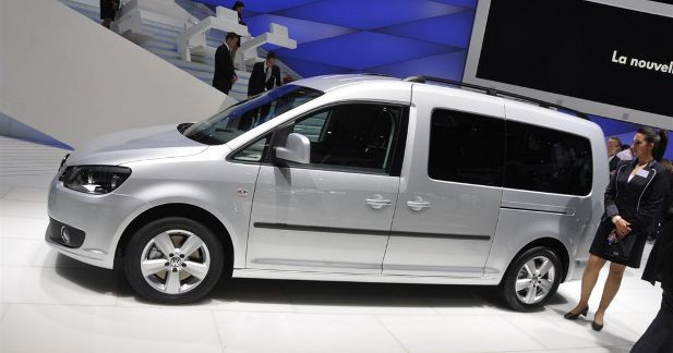 volkswagen caddy maxi ludospace ou utilitaire. Black Bedroom Furniture Sets. Home Design Ideas