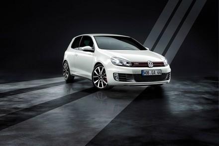 VW Golf GTI Adidas : en tenue de sport