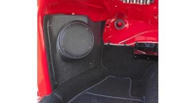 Caraudiovidéo : Une gamme de HP pour les voitures de collection chez Retrosound USA
