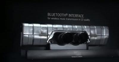 Ecoutez votre musique via l'échappement d'une Porsche 911 !