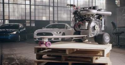 Cette planche à roulettes est motorisée par un bloc Ford Ecoboost!