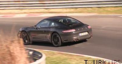 Est-ce le son du 4 cylindres Porsche sur cette 911 ?