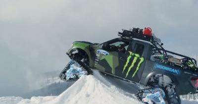 Ken Block défi des snowboarders