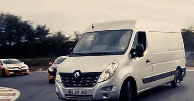 Saviez-vous qu'un Renault Master peut drifter?