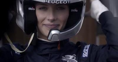 Miss France découvre les sensations (très) fortes du Rallycross