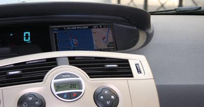 Pilotez votre GPS à la voix