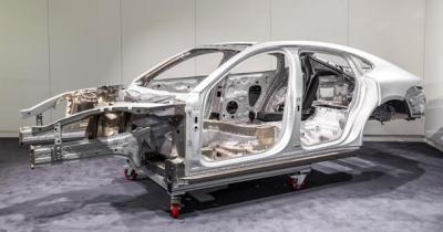 La nouvelle Porsche Panameraà cœur ouvert