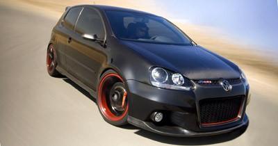 VW Golf R GTI : black mamba !
