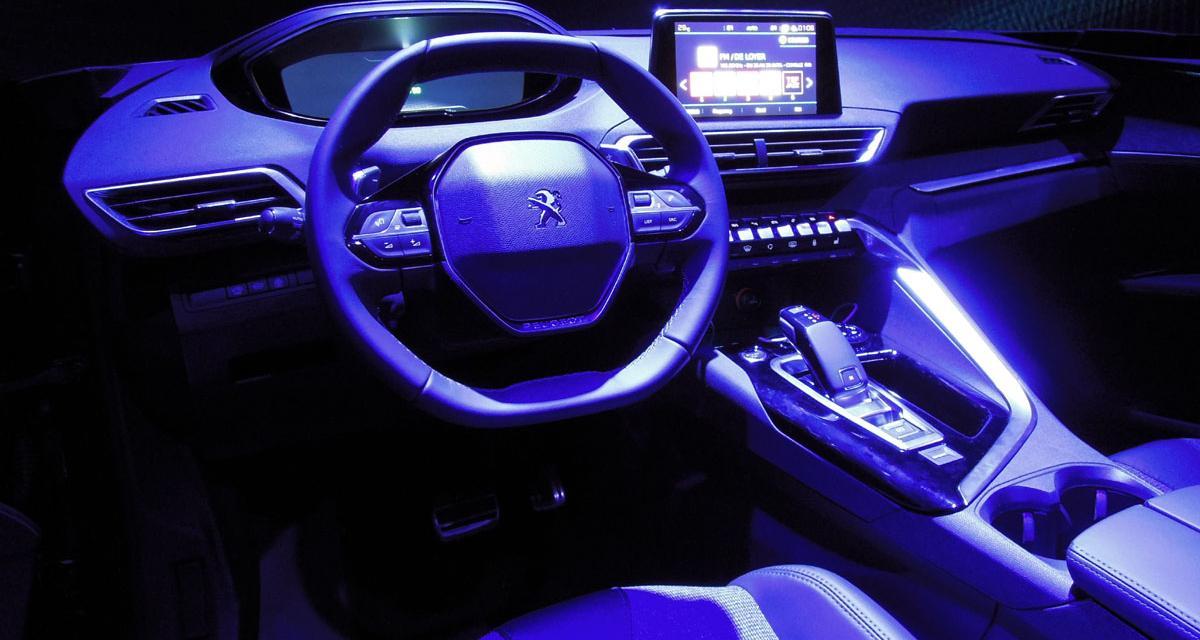 Peugeot i-cockpit : à bord du futur 3008