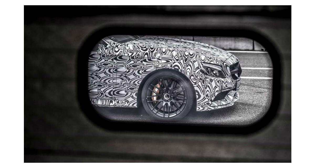 La Mercedes-AMG C 63 Coupé se précise
