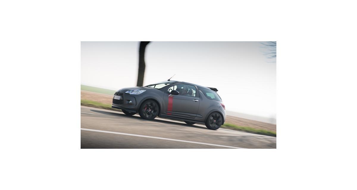 Citroën DS3 Cabrio Racing : le plein de nouvelles photos