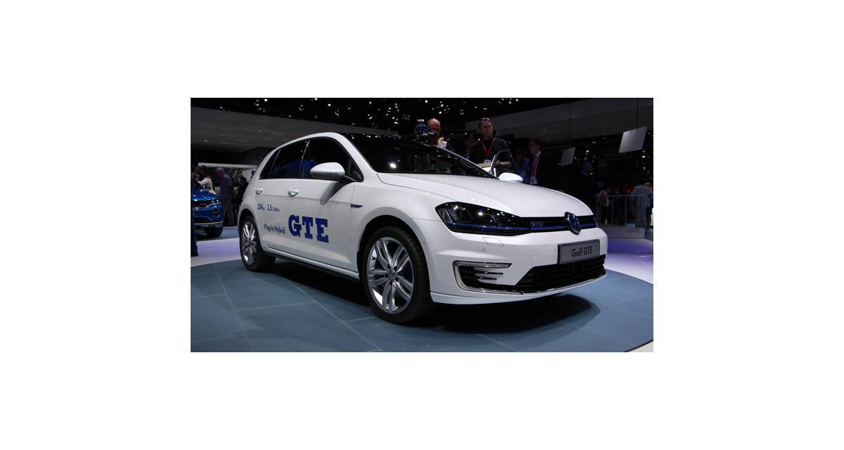 Salon de Genève : les photos de la Golf GTE en direct