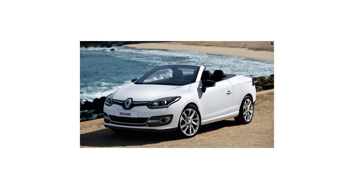 Renault Mégane CC : une nouvelle calandre et le R-Link