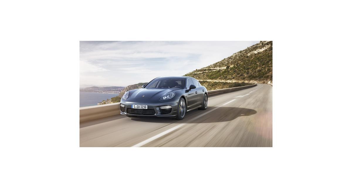 Tokyo 2013 : Porsche Panamera Turbo S