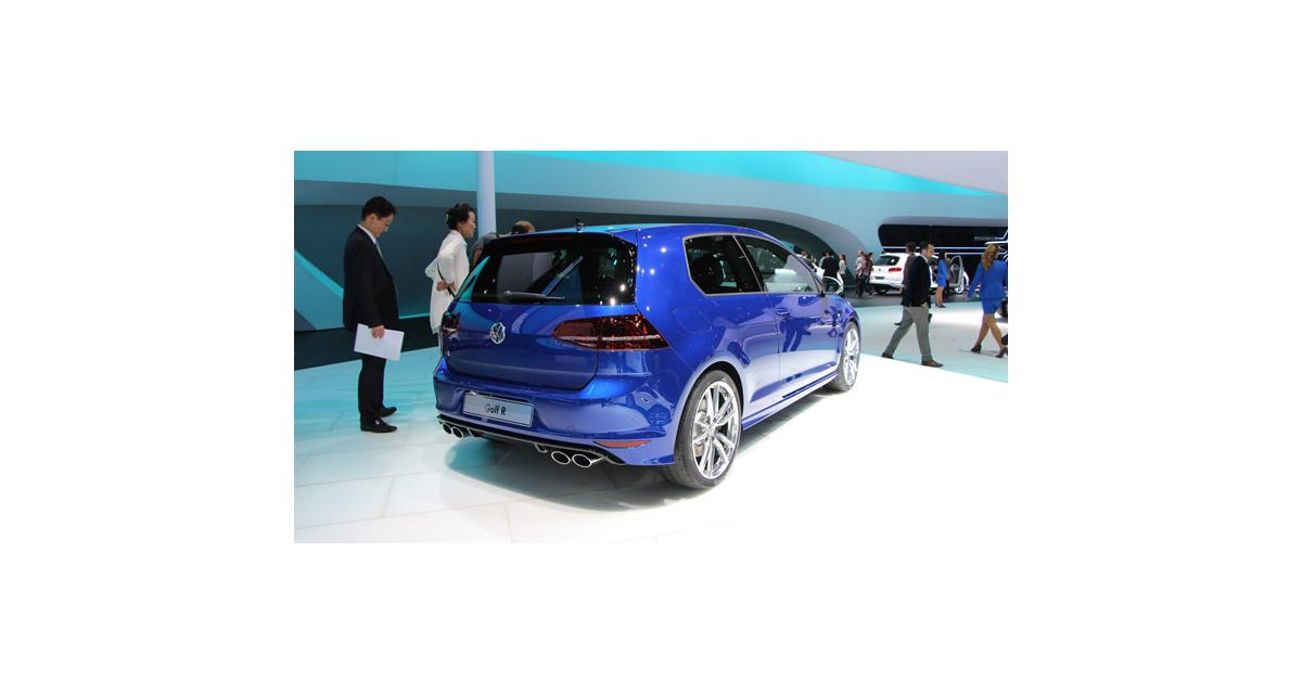 En direct de Francfort : Volkswagen Golf R