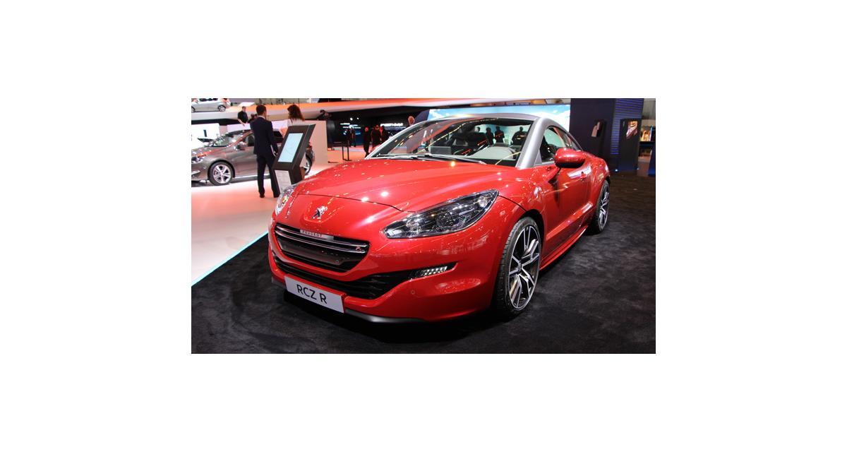 En direct de Francfort : Peugeot RCZ R