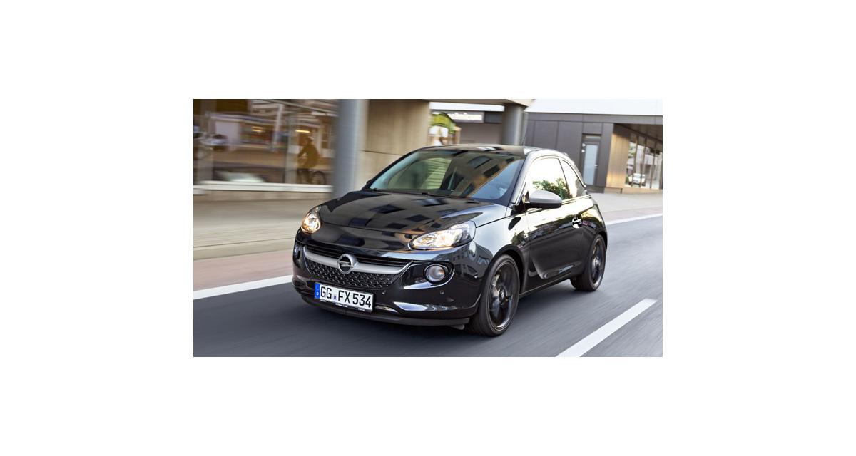 Opel Adam : séries spéciales Black Link et White Link à Francfort