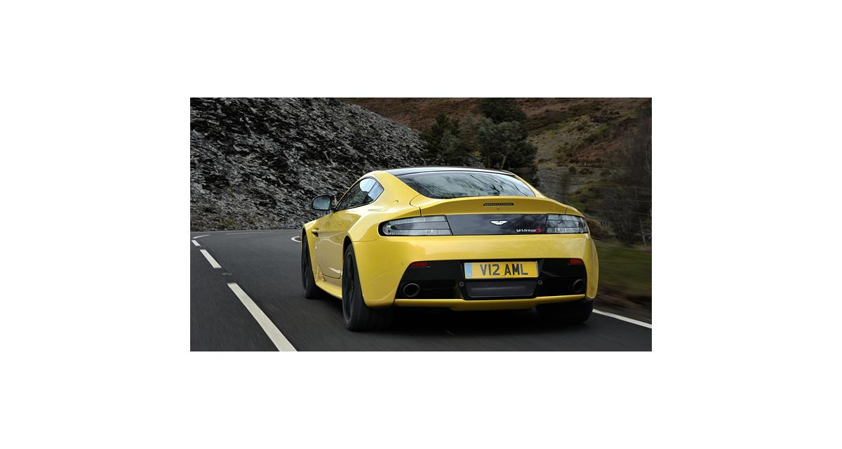 Aston Martin V12 Vantage S : les performances et le tarif