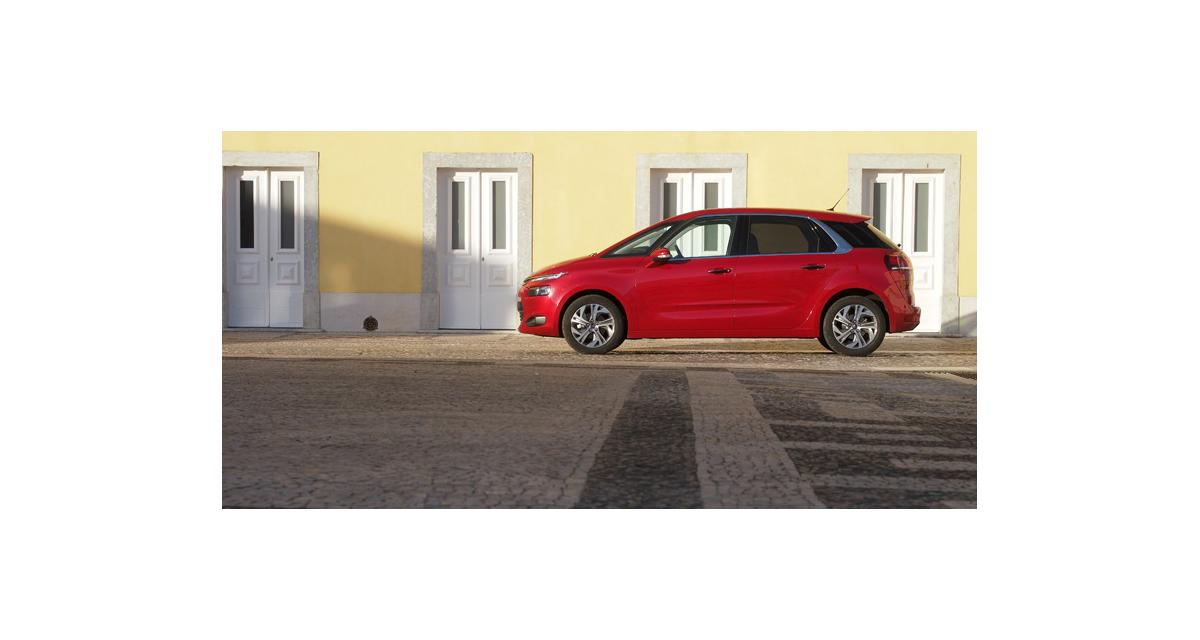 Essais : Citroën C4 Picasso II et nouveau Kia Carens