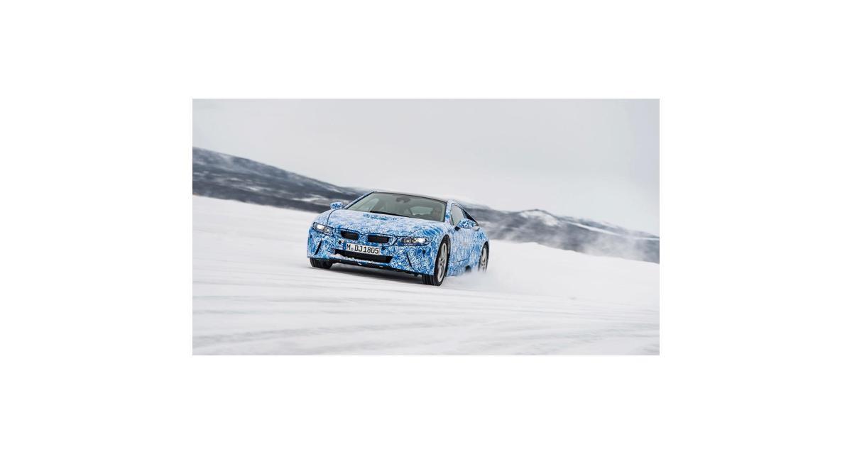 BMW i8 : le modèle de série en pleine séance de tests