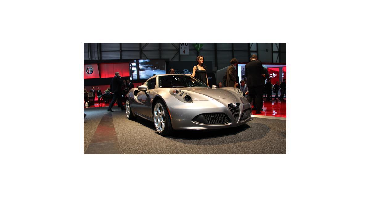 Alfa Romeo 4C : la version de série sous tous les angles à Genève