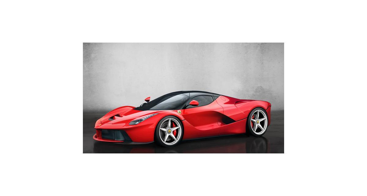 Nouvelle Ferrari hybride à Genève : nos photos de LaFerrari de 963 chevaux