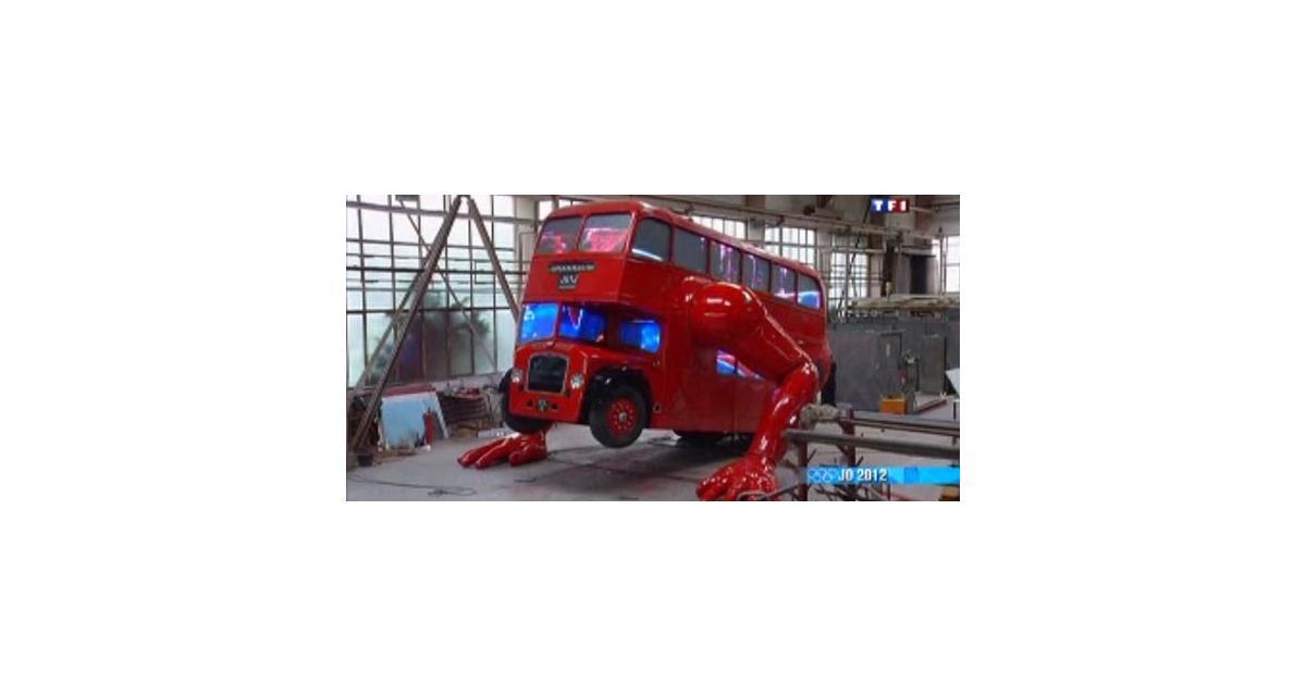 Zapping Autonews : voiture-souris, bus à impériale vivant et destruction express