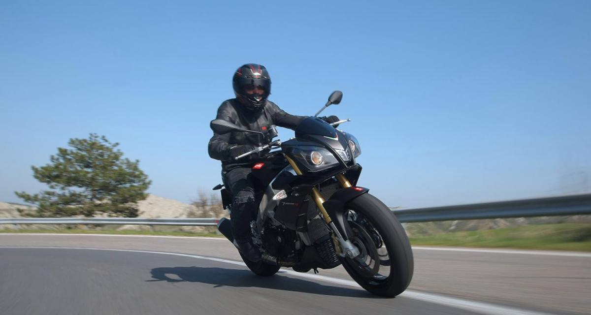 Essai moto : Aprilia Tuono V4 R APRC