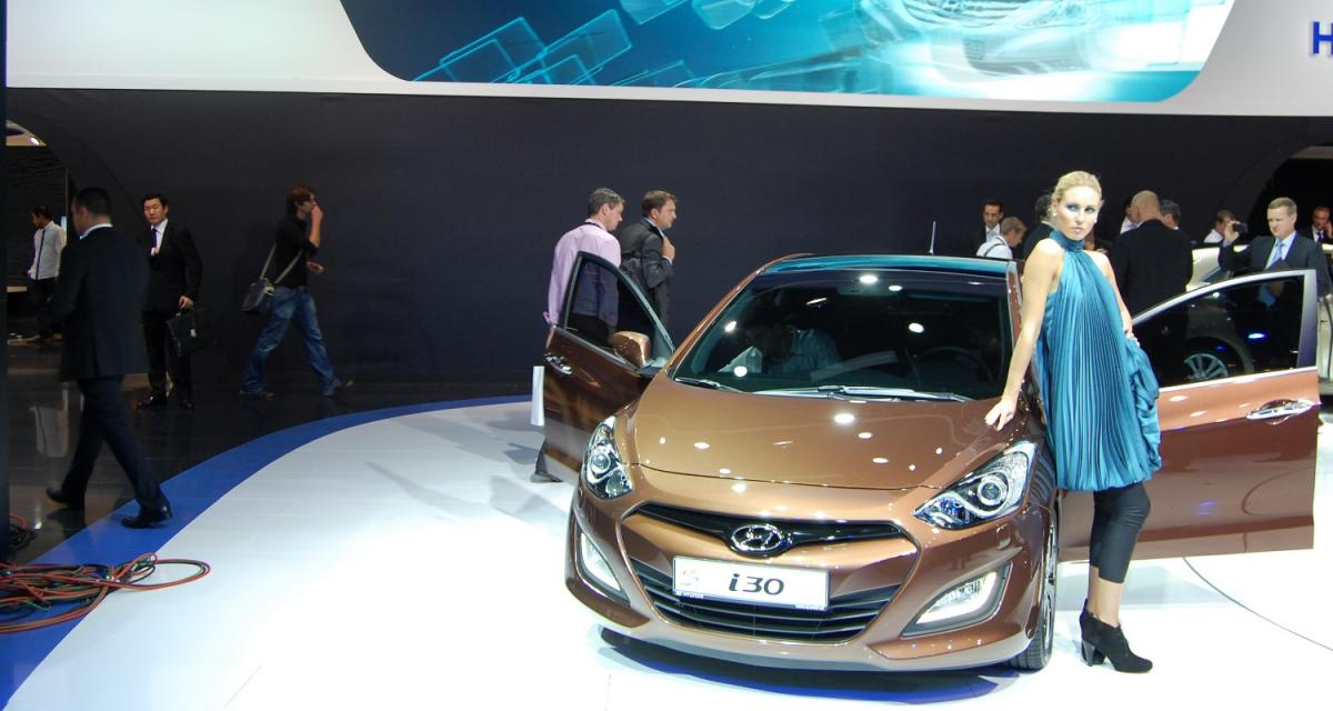 Honda Civic et Hyundai i30 : la nouvelle vague des compactes asiatiques