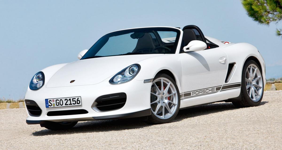 Vidéo Auto Moto : Porsche Boxster Spyder et peugeot 5008 à Montlhéry