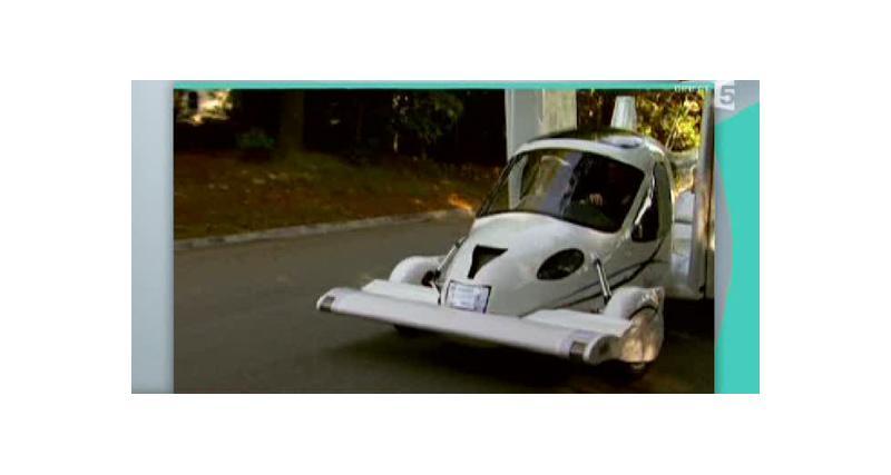 Zapping Autonews : Bugatti noyée et voiture-avion