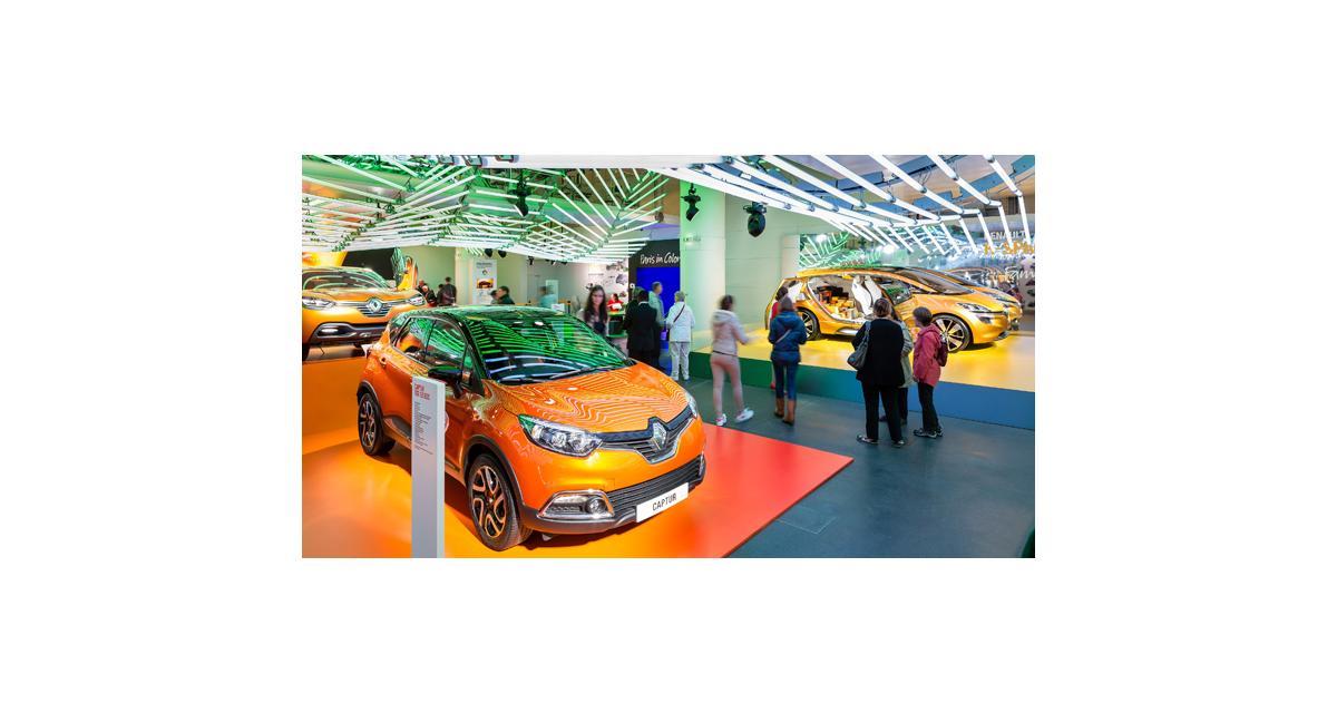 Renault : Initiale Paris, Twin'Run, Dezir et les autres concepts aux Champs Elysées