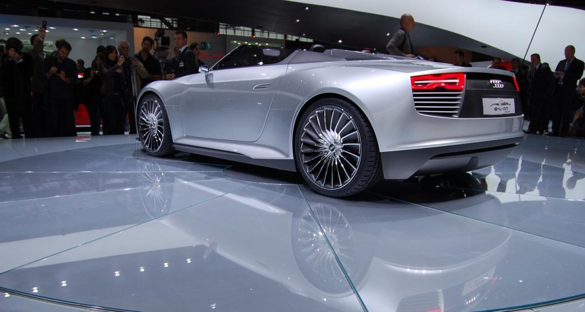 En direct du Mondial de l'Auto 2010 : Audi e-tron Spyder