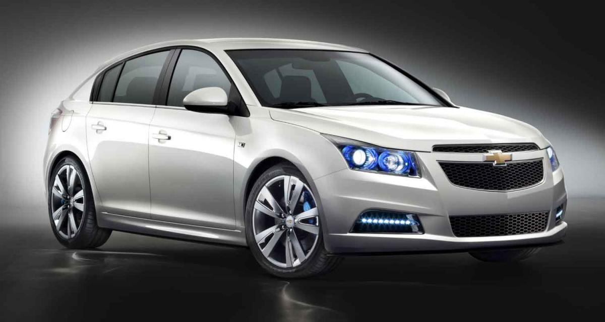 Mondial de l'Automobile 2010 : Chevrolet Cruze 5 portes