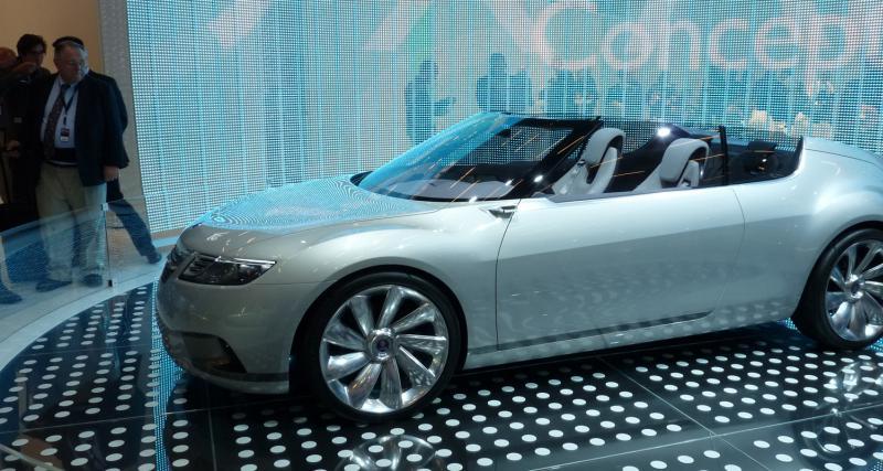 Mondial de l'auto 2008 : nos reportages video Saab, Abarth et pôles de compétitivité