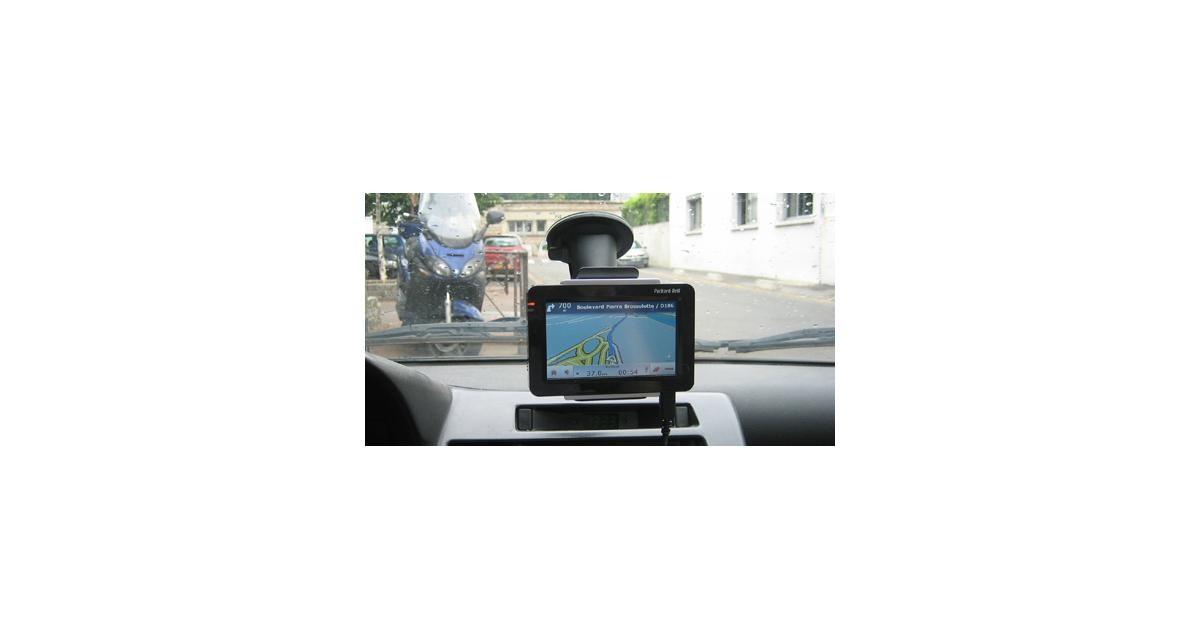 GPS Packard Bell Compasseo 810