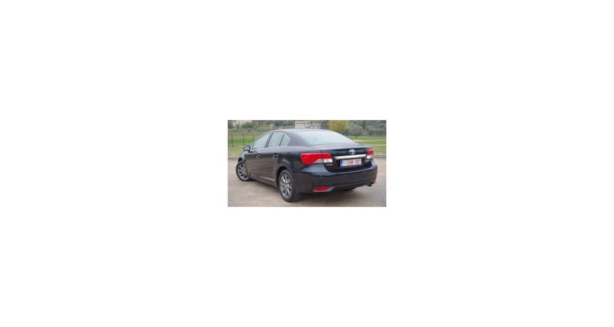 Essai : Toyota Avensis 2.0 D-4D 124 ch (2012)