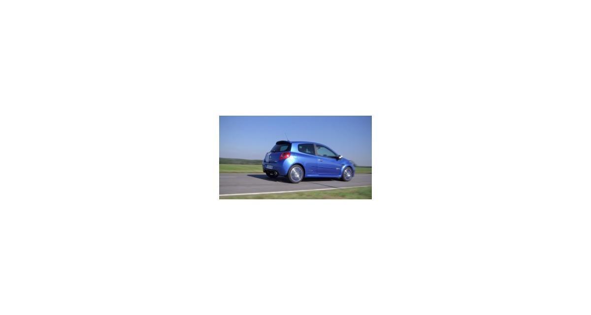 Contact : Renault Clio R.S. Gordini