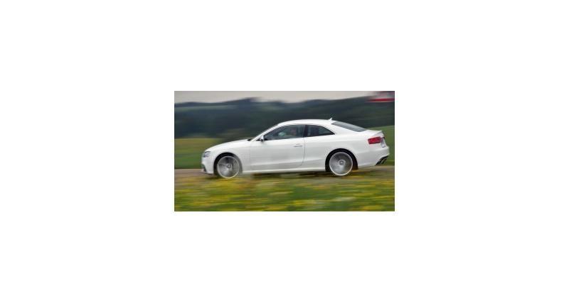 Contact : Audi RS 5